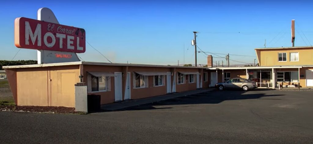 The motel bought by LIBRE President Daniel Garza's parents, as he recounts in a video about his family's American experience